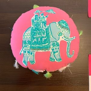 Elephant Bazaar Round Pillow